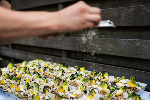 BBQ-catering zonder vlees: salade gegrilde groneten