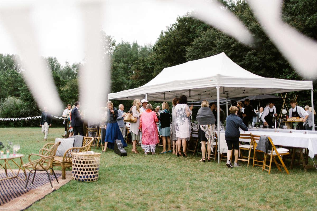 Diner tent bruiloft - foto: Amanda Drost