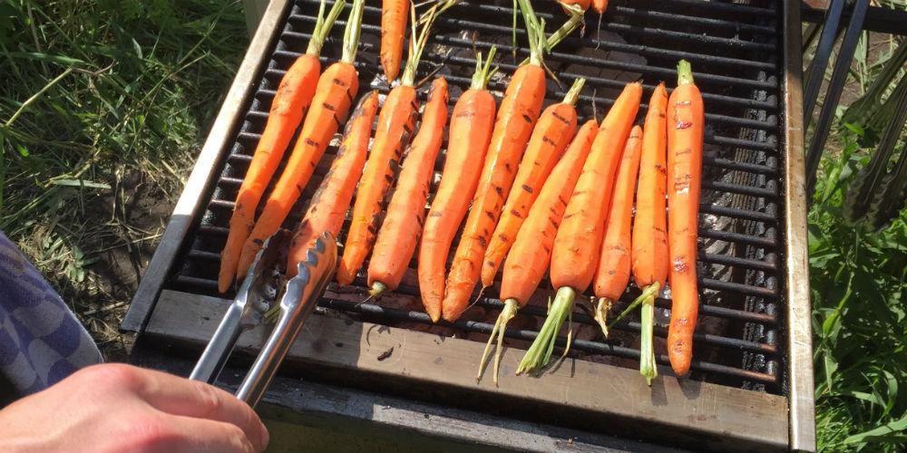 Groenten op de BBQ grillen (zonder aanbranden) doe je zó