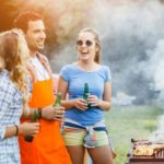 Nu.nl: barbecueen met briketten of houtskool?